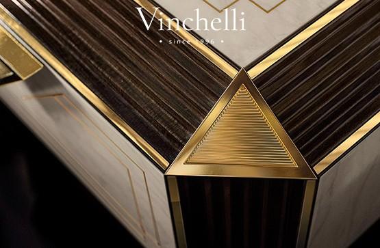 Тренд в оформлении мебели и дверей: вставки из латуни, натуральной кожи и стекла