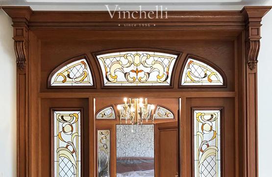 Межкомнатные двери с витражами от Vinchelli – яркая классика в вашем интерьере