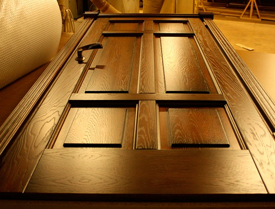 Изготовление дверей: выбор материала, этапы изготовления