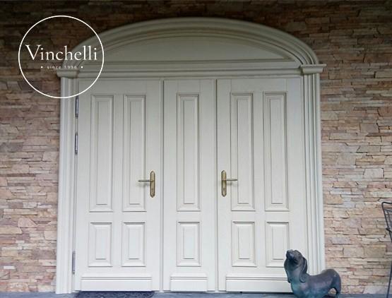 Выбираем входные деревянные двери: полезные советы