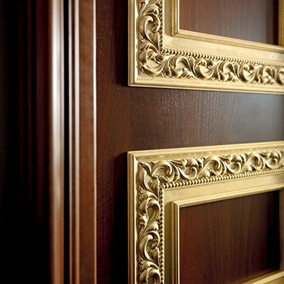 Дубовые межкомнатные двери: особенности