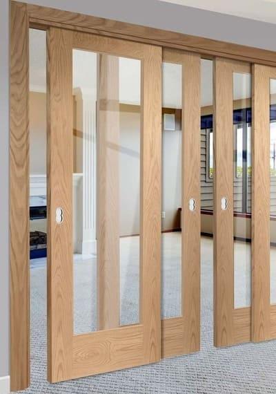 раздвижная дверь комбинированная светлая дерево и стекло